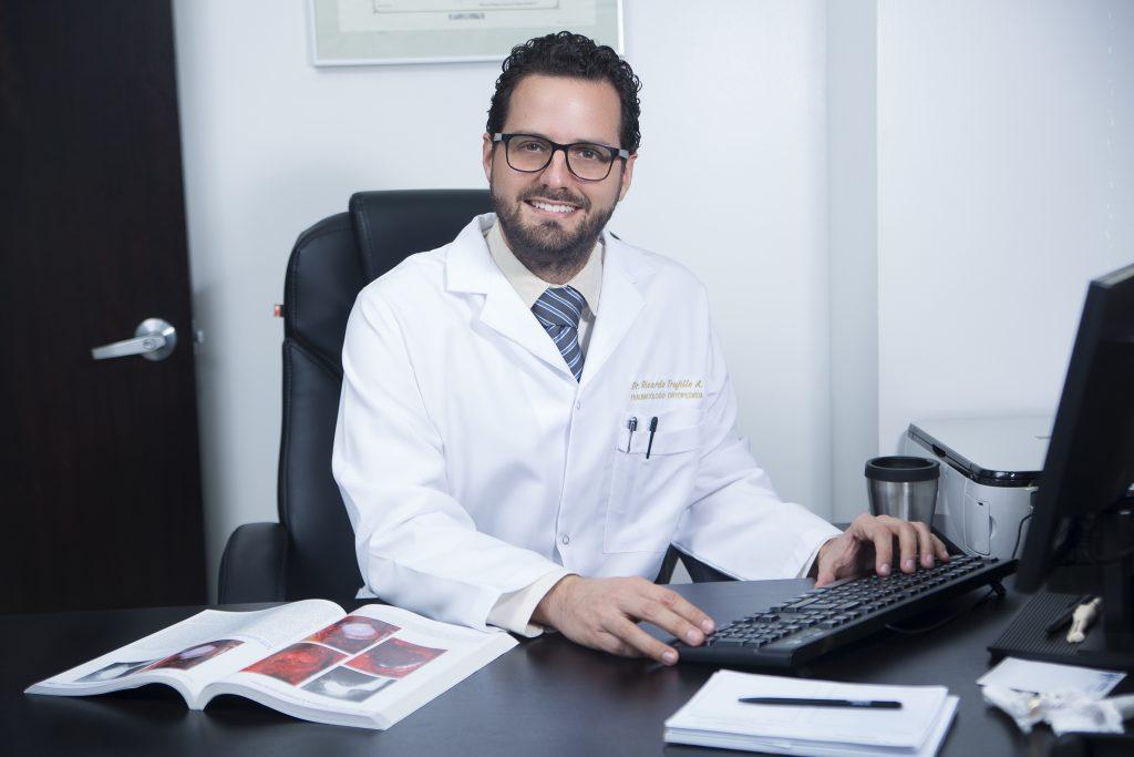 Dr. Ricardo Trujillo Amador
